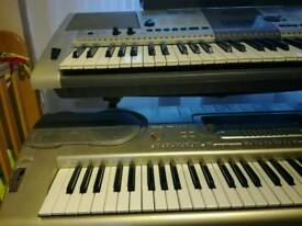 Keyboard Casio WK3300 120£ and Yamaha PSR E403 50£