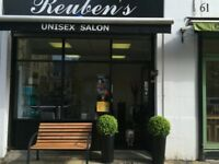 Salon chair /barber chair to rent in nice salon in old street