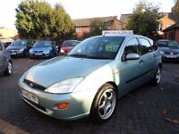 Ford Focus 1.8 i 16v Zetec 5dr, 2001 (Y REG), GREEN, BARGAIN