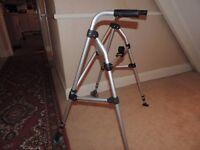 Folding/collapsible walking frame