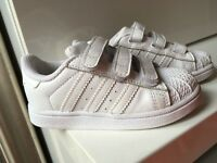 Unisex toddler adidas trainers size 7