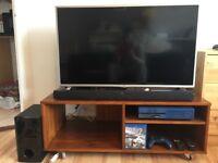 Xbox One 1TB-LG 42 inch Full HD Led Tv-LG Soundbar 120w-Bluray movie, Fifa 15 game