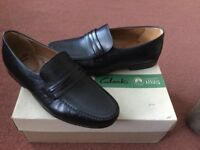 Men's formal Shoes New. Size 7uk. fit (H) 41 Eur. Black Leather.