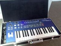Ultra Nova synthesizer with case