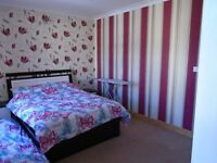 **3/4 BED – F/F/Flat * TO LET (Barking - Faircross Avenue - IG11 8QZ) **