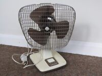 Xpelair Taurus Oscillating Desk Fan - In Full Working Order
