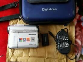 Samsung vp-d351 MiniDV camcorder