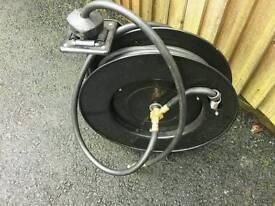 Retractable 300 psi air hose