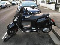 Piaggio Vespa GTS 125cc Super Black 63 Plate (2013)