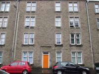 Rooms available in 3 Bed HMO flat on Cardean Street