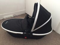 SILVERCROSS FOLDABLE CARRYCOT!! Immaculate Condition!!!
