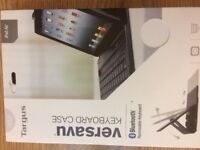 Keyboard/Case for IPad -New