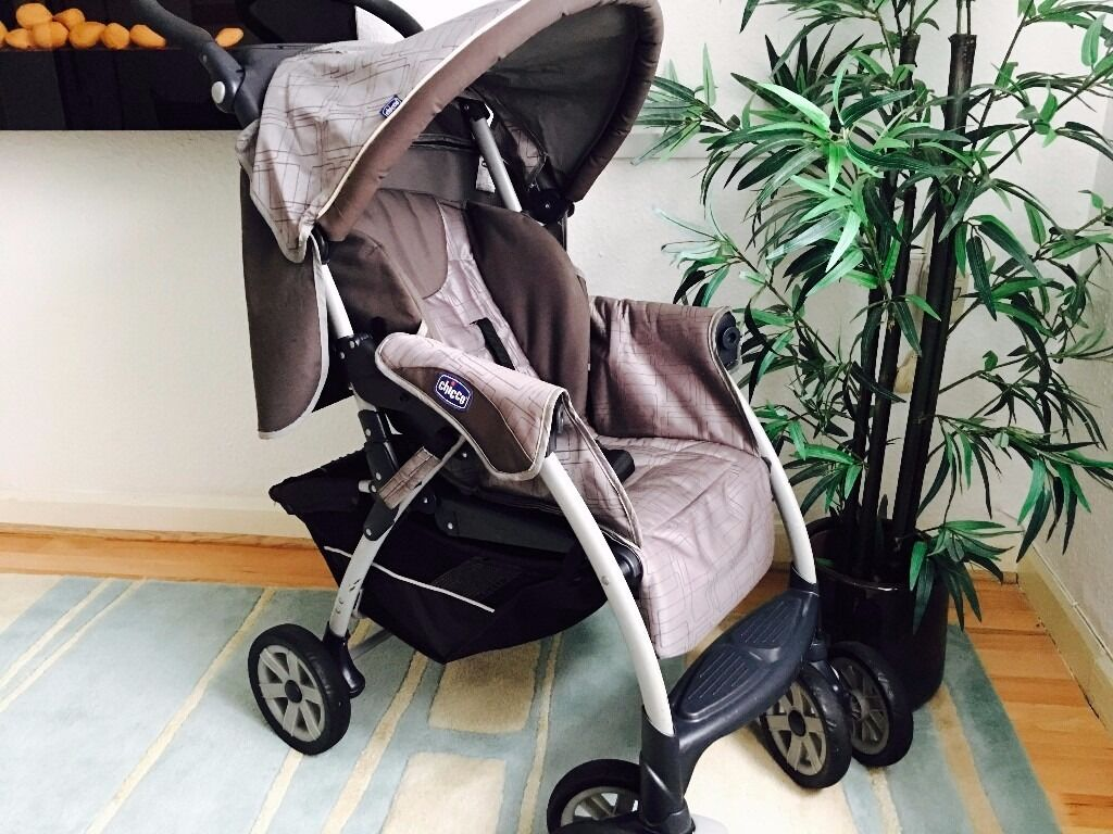 Chicco Strollerin Granton, EdinburghGumtree - Chicco Stroller Suitable from birth to a maximum weight of 15kgs (approx. 3 years) 5 position recline Adjustable leg rest 5 point padded harness Stylish, padded seat unit with stitch details Lockable, swivel wheels Cosy toes Rain cover Shopping...