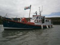 ex R.N.L.I LIFE BOAT RUNNING GOOD CONDITION