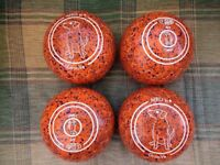 Aero Groove Bowls Size 4 Heavy in Excellent Condition