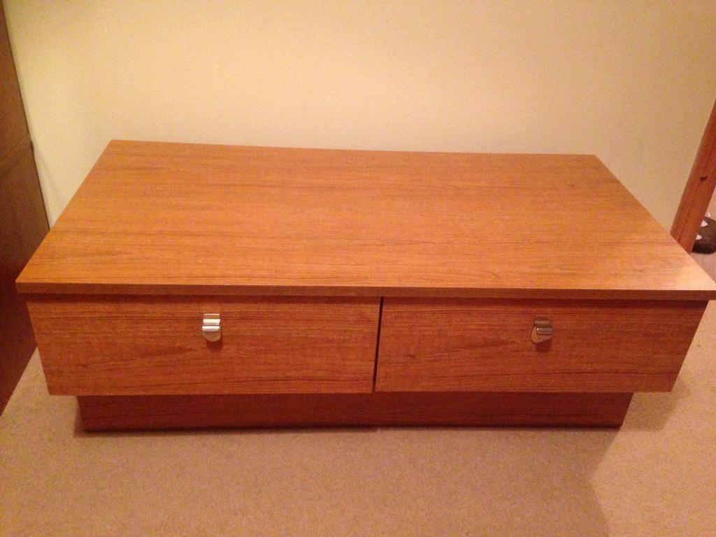TV unit stand **MUST GO**