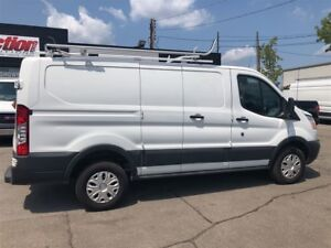 2016 Ford Transit t250 , ladder rack, divider, wall and floor li