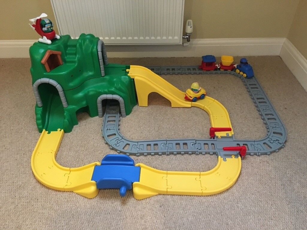 Little Tikes Road N Rail And Peak Train Set In Buxton