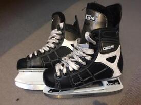 Junior hockey skates UK size 3.5
