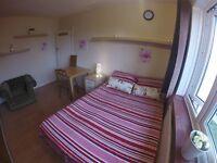 Amazing Giant Double Room in Willesden Green