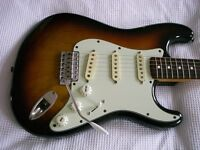 Fender Japanese Vintage JV Squier '62 Stratocaster electric guitar - Japan - '80s - 3-col 'burst
