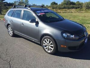 2012 Volkswagen Golf SPORT WAGON|2.5L | heated seats|roof rake|h