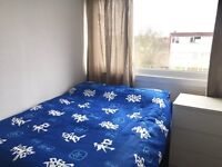 SELF CONTAINED STUDIO £100pw