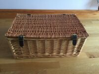 New Wicker Picnic/Sewing/Hamper/Storage Basket