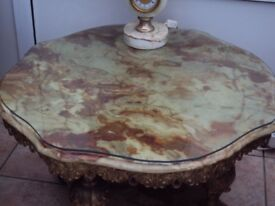 ONYX TABLE HEAVY WITH PLATE GLASS ON TOP FANTASTIC PIECE OF FURNITURE