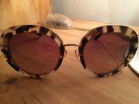 Prada sunglasses perfect condition ladies