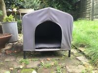 Outdoor raised cat / small dog shelter