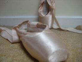 soft block pointe ballet shoes size 5