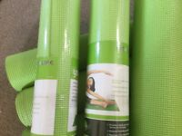 Fitness Yoga Mats,8 in total.