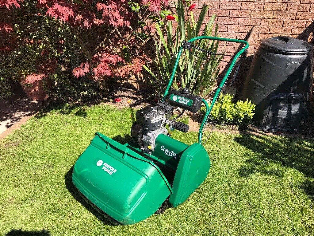 qualcast suffolk punch 17s petrol lawnmower lawn mower qx. Black Bedroom Furniture Sets. Home Design Ideas