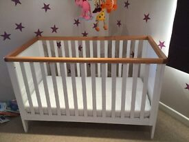 Mothercare Lulworth Cot - Immaculate
