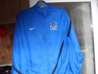 EVERTON FC / NIKE JACKET AS NEW CONDITION SIZE MEDIUM