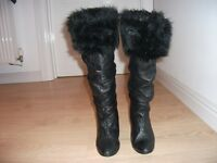 ITALIAN BLACK LEATHER KNEE HIGH BOOTS WITH FUR TRIM SIZE 6 EURO 39
