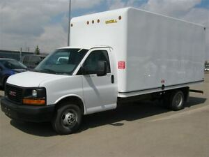 2015 GMC Savana 3500 16 Foot Unicell Cube