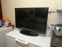 samsung 32 inch hd lcd tv with FREE DELIVERY