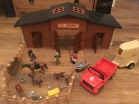 Children horse stable + accessories (looks like Playmobil)