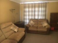2 seater and 3 seater sofa's - both electric recliners.