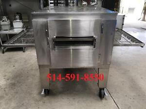 "LINCOLN IMPINGER ELECTRIC CONVEYOR PIZZA OVEN 32"" FOUR a PIZZA TAPIS CONVEYEUR"