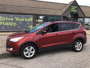 2015 Ford Escape SE / SUNROOF / LEATHER / NAVIGATION