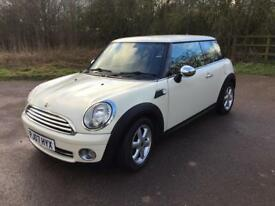 MINI ONE 1.4 Petrol 6 Speed Manual Pepper Pack with Cruise Control Black Cloth Interior