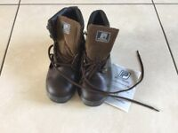 Precision Safety Work Boots size 4