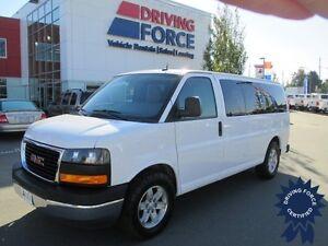 2013 GMC Savana 8 Passenger SLE All Wheel Drive Van - 62,296 KMs