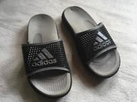 Adidas Slide Women's slippers Pool Beach Shower Size 33 Used £6