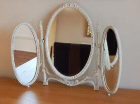 Classic style mirror