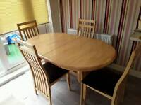 Beech wood extending dinning Table & 4 chairs. length 1470 x 880 ...extended 1810 x 880