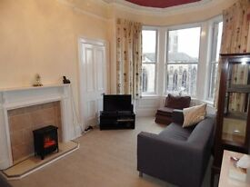 3 bedroom fully furnished top floor flat to rent on Blackford Avenue, Blackford, Edinburgh